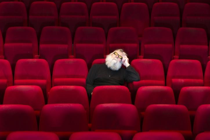 映画 館 ガラガラ 映画館とコロナについて。 - これだけガラガラでも映画館は避け...
